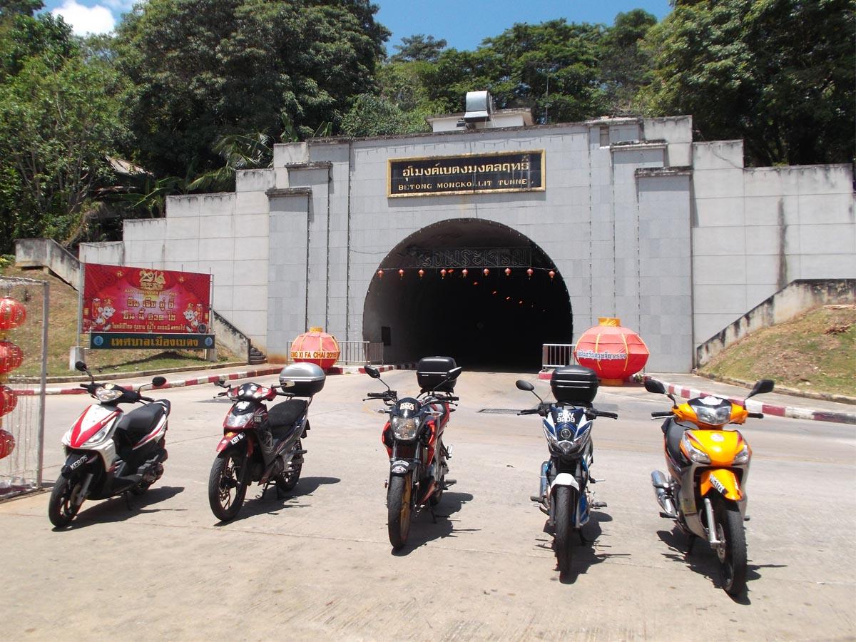 Mongkolit Tunnel Betong