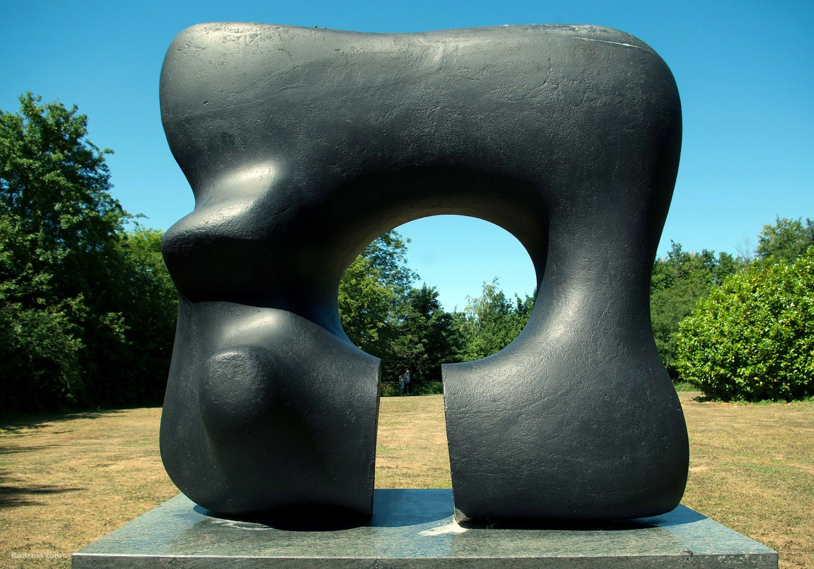 Essays And Diversions Feeling Henry Moore Ish