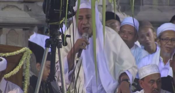 Ceramah Habib Luthfi Berhenti Gara-Gara Ulah Jamaah