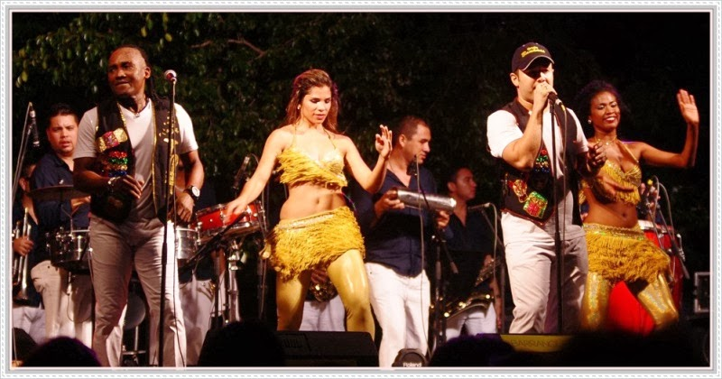 Presentación del Grupo Bananas en el Carnaval