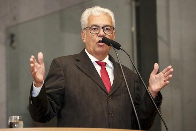 Antônio Moraes relata impasse em horário de blocos carnavalescos no Interior