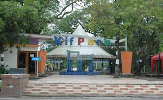 Kembang Iwak Family Park di Palembang