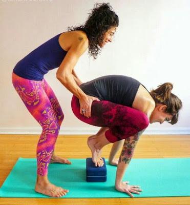 image:pinterest.com/silvialozanonav/yoga-teacher/