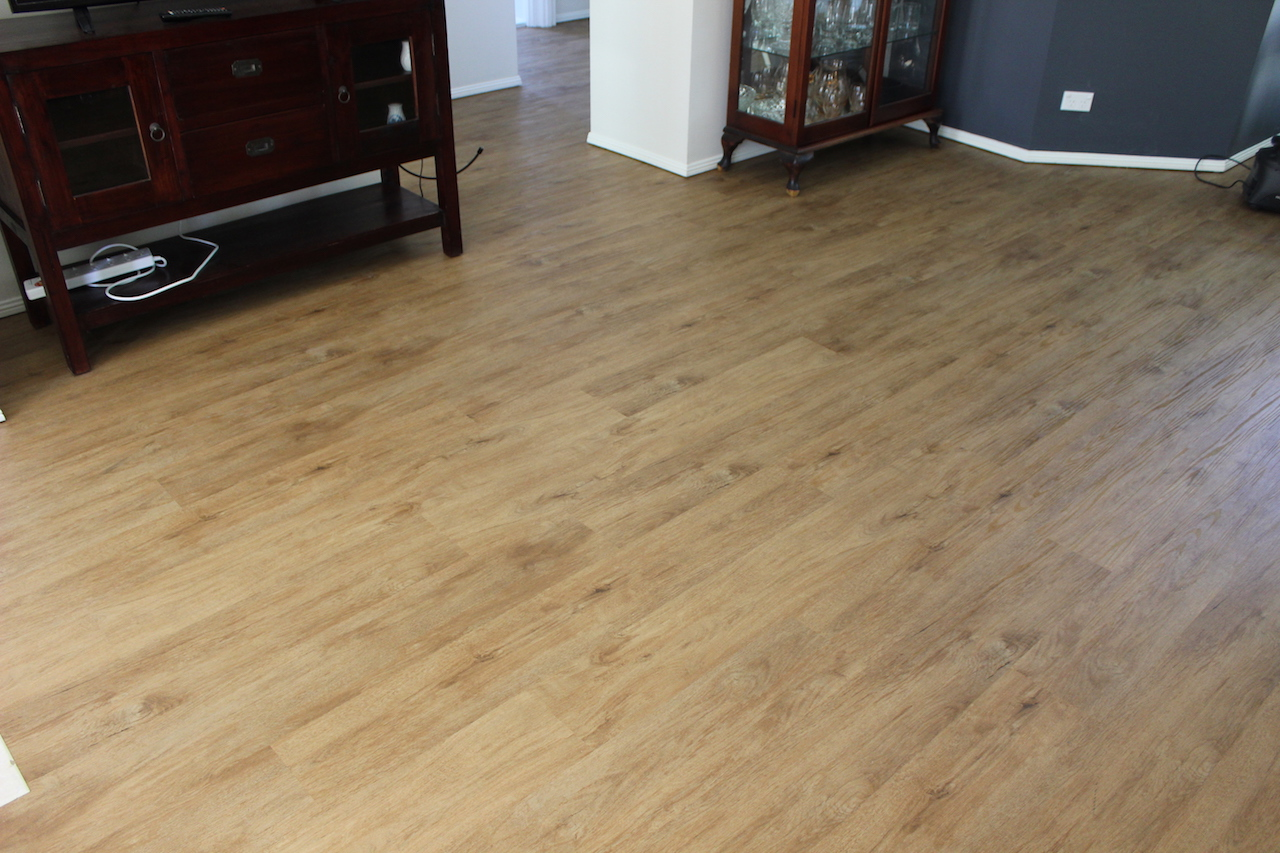 loose-lay-vinyl-plank-flooring