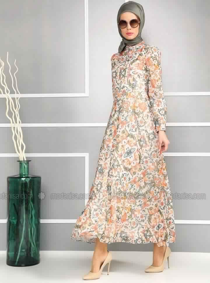 style hijab robe longue tr s chic pour femme voil e. Black Bedroom Furniture Sets. Home Design Ideas