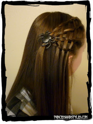 Easy #spiderhairstyle tutorial. So cute for #Halloween