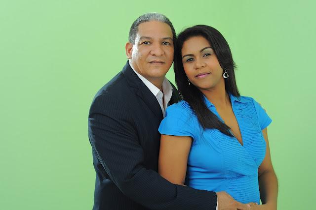 husband-wife-couple