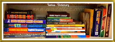 4 Jenis Buku Wajib Baca. Buku Kamus ~ KBBI