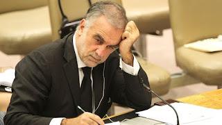 Es en el caso que investiga al general libio Jalifa Hafter, apuntado por posibles crímenes de guerra y violaciones a los derechos humanos