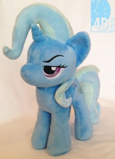 The Great and Powerful Trixie 4de Plushie With Cape Available now