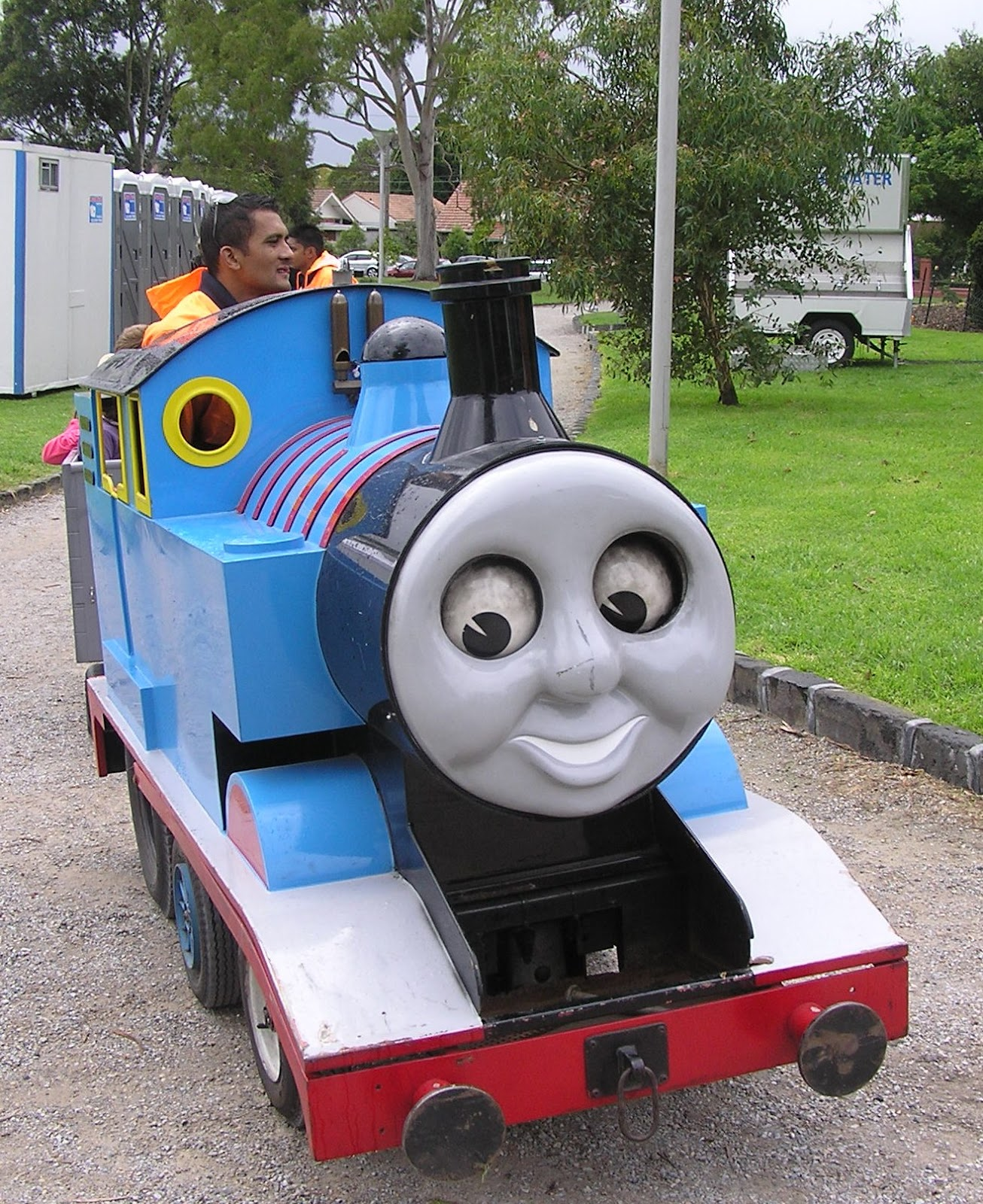 Thomas tank engine face thomas free engine image for for Thomas the tank engine face template
