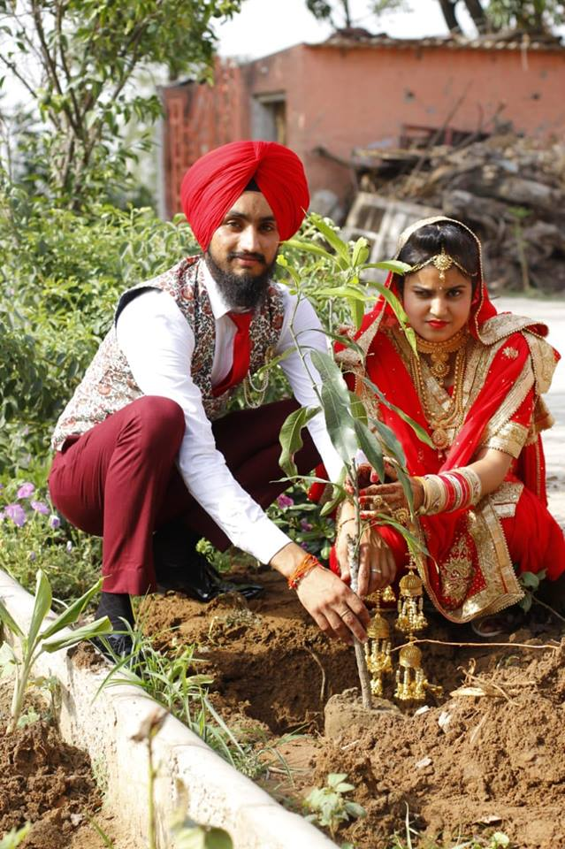 The beginning of the married life seen in a unique manner.This youth , the resident of Seechewal ??