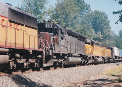 Southern Pacific SD45R #7512 at Hampton, Oregon, on July 20, 1997