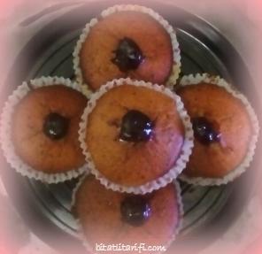 visne recelli muffin tarifi