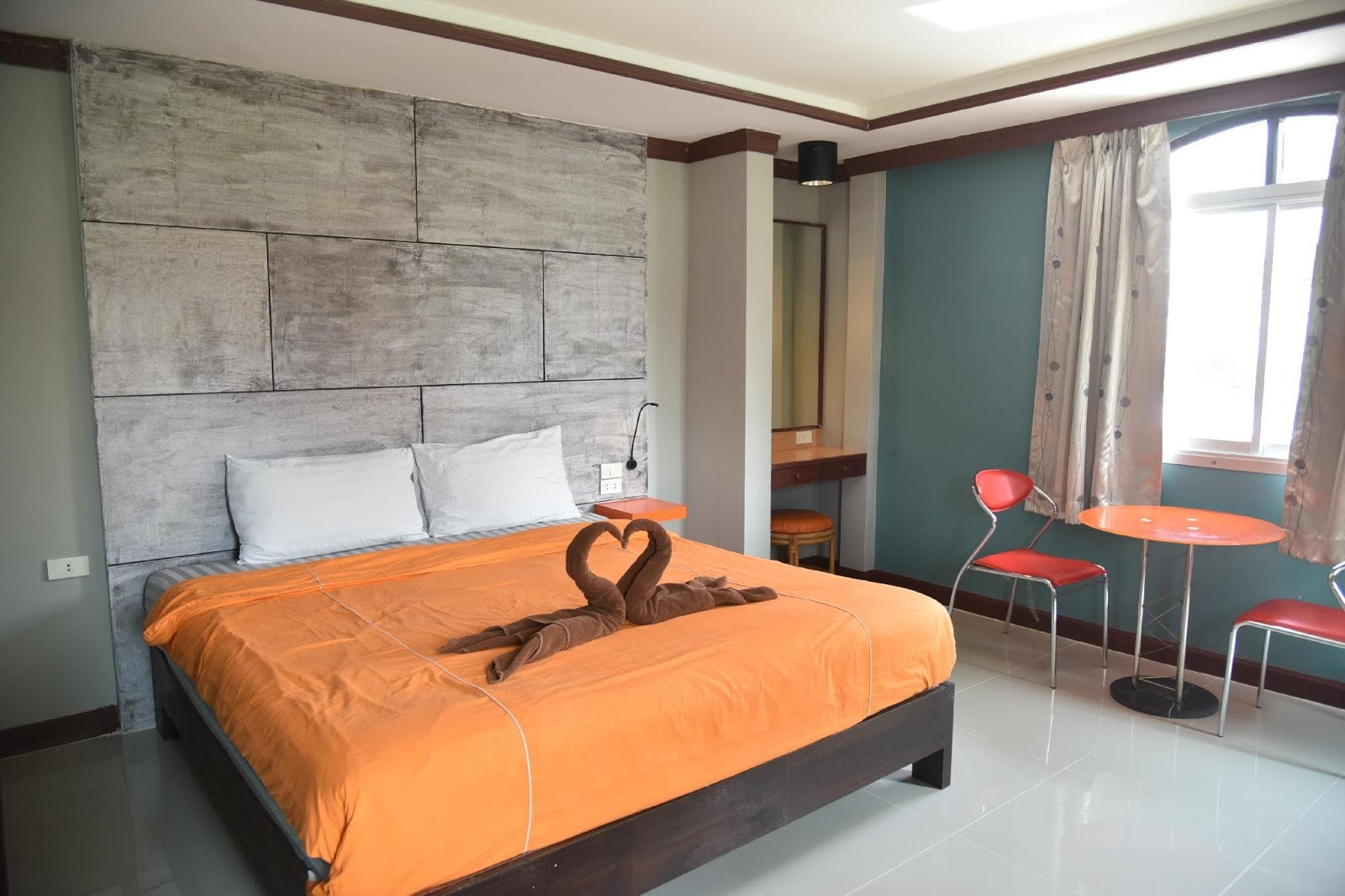 10 โรงแรมหลักร้อย พัทยา ใกล้ทะเล ราคาเริ่มต้นแค่ 417 บาท