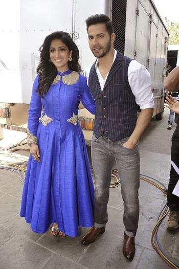 Varun Dhawan and Yami Gautam promote Badlapur on Sa Re Ga Ma Pa Li'l Champs