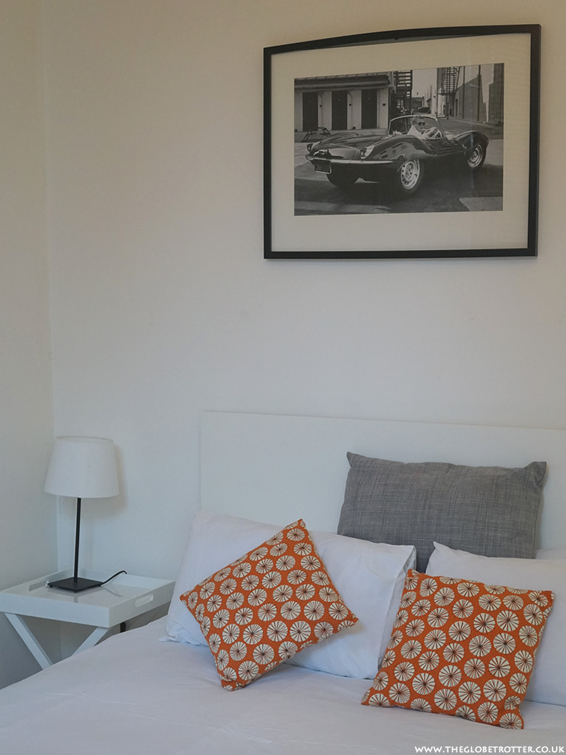 Holiday Flat Rental in London with FG Properties - Kensington Hazlitt Hideaway