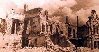 Взорванный Архиерейский дом в Симферополе, 1944 год