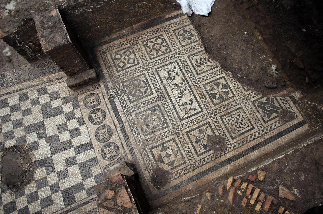 Rome metro work uncovers 'House of Commander' - The Archaeology ...