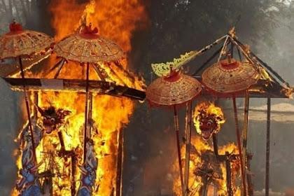 Upacara Ngaben Hindu Bali Mengirim Kehidupan Kini ke Hidup Berikutnya
