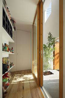 Takeshi Hosaka Casa Tokio