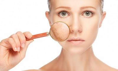 mặt nạ Transino Whitening Facial Mask cải thiện da đen sạm