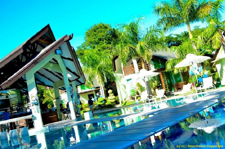 Travelog | Acuatico Beach Resort – An infinite cerulean blue paradise.