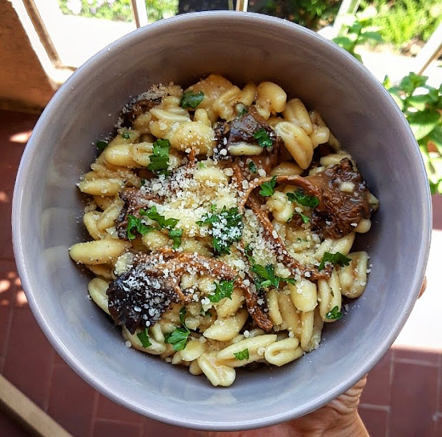 Pates healthy aux girolles ail parmesan et persil Charlotte and cooking