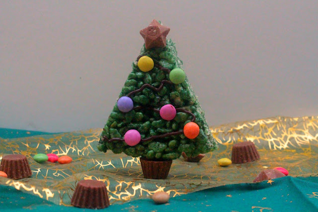 Marshmallow Krispie Christmas Trees