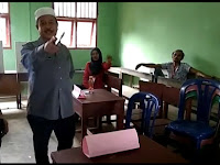 Oknum pemerintah Marah-Marah Di TPS 09, Masyarakat: Masak Pejabat Tantang Warga