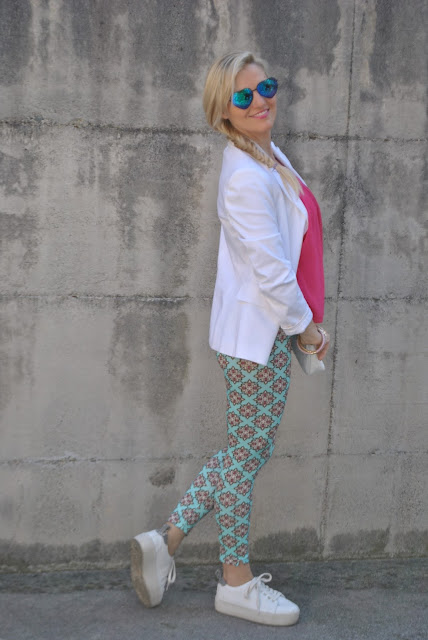 outfit leggings stampati come abbinare i leggings come abbinare i leggings stampati how to wear leggings how to wear printed leggings leggings outfit leggings street style outfit sporty chic outfit outfit maggio 2016 may outfit spring casual outfit mariafelicia magno fashion blogger color block by felym fashion blogger italiane fashion blog italiani fashion blogger milano blogger italiane blogger italiane di moda blog di moda italiani ragazze bionde blonde hair blondie blonde girl fashion bloggers italy italian fashion bloggers influencer italiane italian influencer