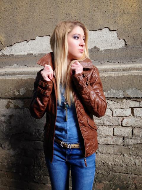 7ad61ddb9596 Jacket: Bershka, Denim shirt: Tally Weijl, Jeans: Zara, Watch: Betsey  Johnson