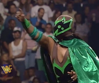 WWE / WWF - Badd Blood: In Your House 18 Review - Tarantula teamed with Mosaic to face Max Mini & Nova
