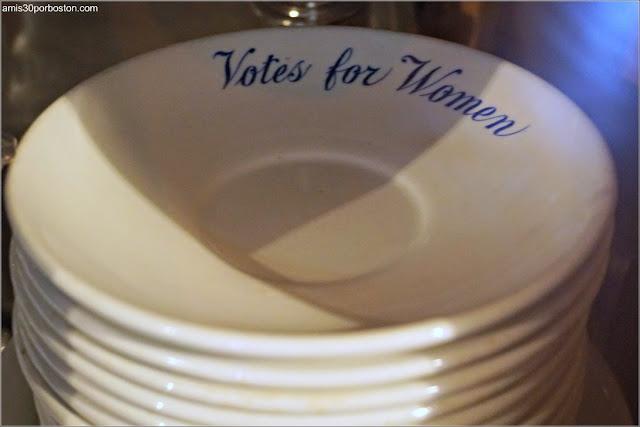 Vajilla Voto Mujeres de Marble House, Newport