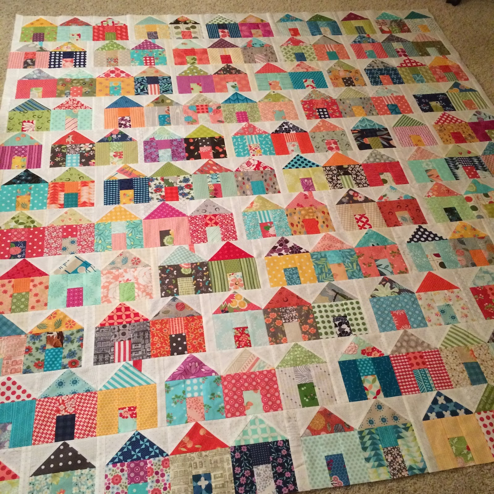 1000 Images About Quilts Houses On Pinterest House