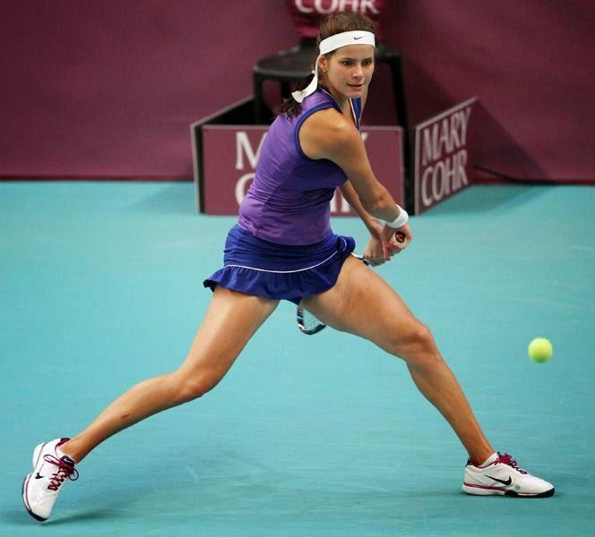 Julia Georges - Tenis Sanati