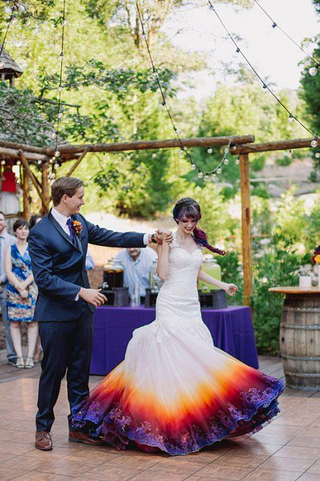 vestido de novia con colores