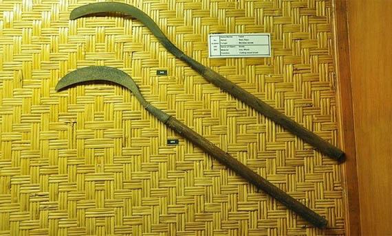 Senjata tradisional Caluk Bali