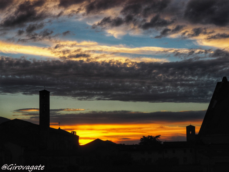 lucca tramonto