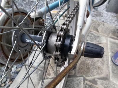 ワコーズのビスタックを自転車のチェーンに塗布し錆からチェーンを守る