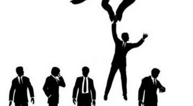 Πώς το κόλπο των «εικονικών προσλήψεων» μειώνει τους φόρους των επιχειρήσεων!