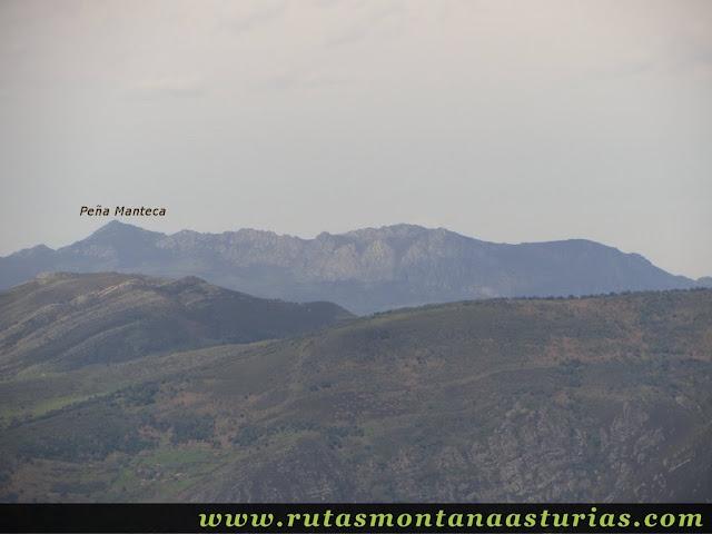 Peña Manteca desde La Siella