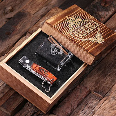 K'Mich Weddings - wedding planning - gift ideas -engraved shot glass and knife gift set - Groovy Grooms