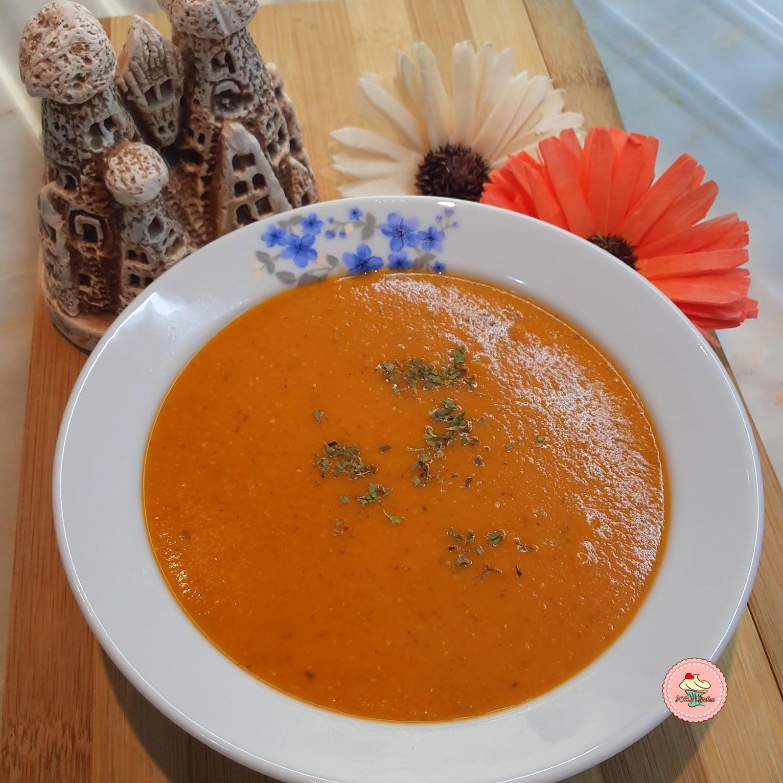 Süzme Mercimek Çorbası (unlu patatesli)