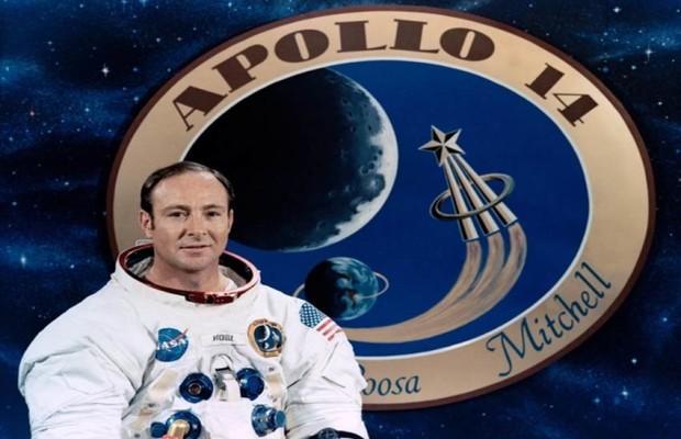 अंतरिक्षयात्री एडगर मिशेल का निधन, धरती छोड़ कर चला गया चांद पर चलनेवाला
