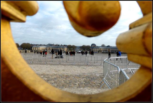 Gate grille château de Versailles