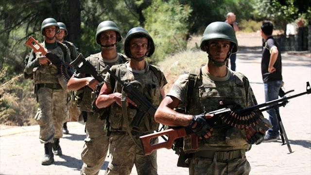 Turquía refuerza con 500 soldados su presencia militar en Siria 