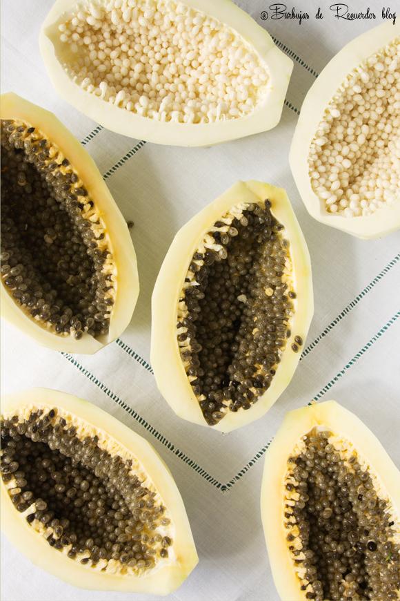 Lechosa (papaya) verde, el ingrediente principal del dulce de lechosa en confitura.