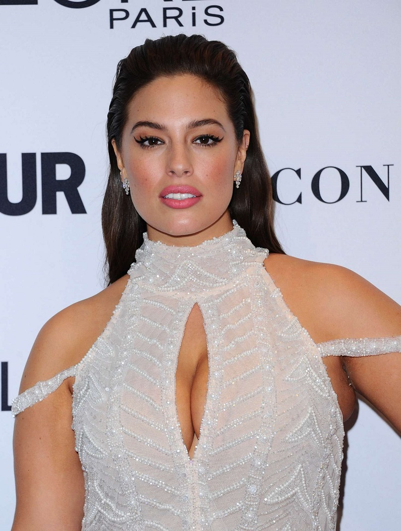 Ashley Graham – 2016 Glamour Women Of The Year in Los Angeles