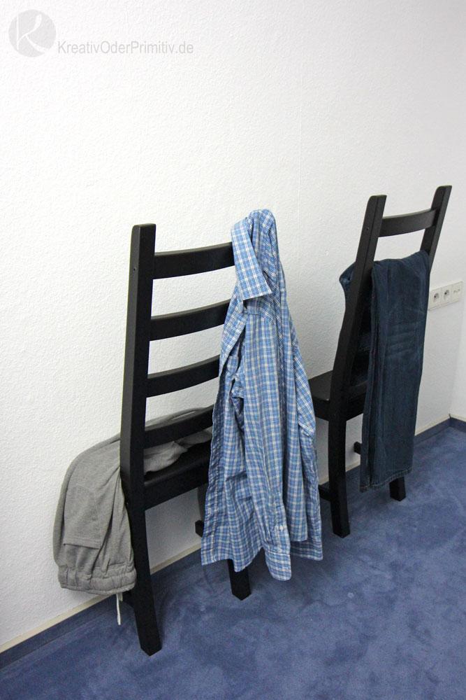 kreativ oder primitiv stuhl als herrendiener ikea hack. Black Bedroom Furniture Sets. Home Design Ideas